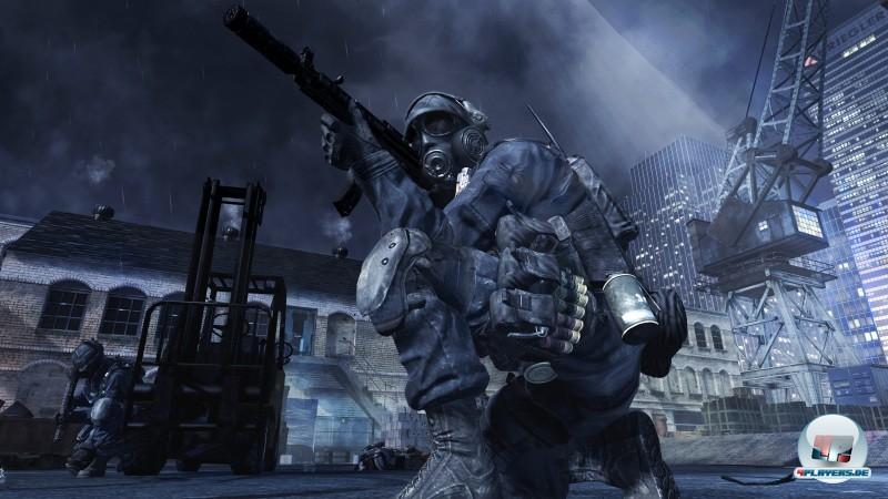 Ein weiterer Soldat in dramatischer Pose geht noch. Technisch ist MW3 mal wieder eine perfekt durchgeskriptete Wucht, auch wenn es bislang