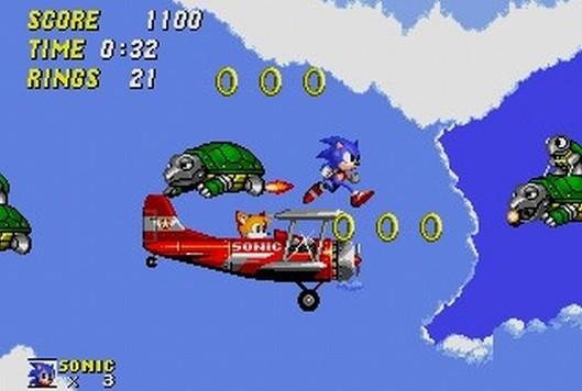 Miles »Tails« Prower<br><br>Okay, er ist ein gelber Fuchs mit zwei Schwänzen und roten Rennschuhen, kann fliegen und wohl hervorragend Dinge zusammenbasteln, wie uns die Sonic Adventure-Teile glauben zu machen versuchen. Aber in erster Linie ist er einfach nur Sonics Anhängsel, das mit ihm seit seligen Sonic 2-Zeiten durch die Levels sprintet, ihn auf dem (vermutlich selbstgebauten) Tails-Flieger mitnimmt und mittels der rotierenden Flugschwänze vor drohenden Abstürzen in bodenlose Löcher bewahrt. Sowie eine ziemlich nervige Stimme hat. Aber auch so süüüüüüüß ist! 1712882